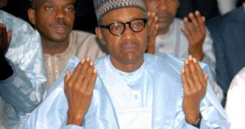 Buhari Praying