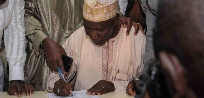 R-APC signing MOU
